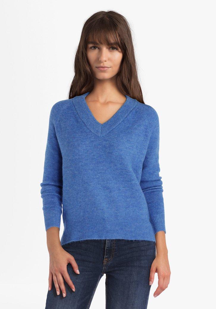 Pull tricoté bleu à col en V avec fil à pailleté