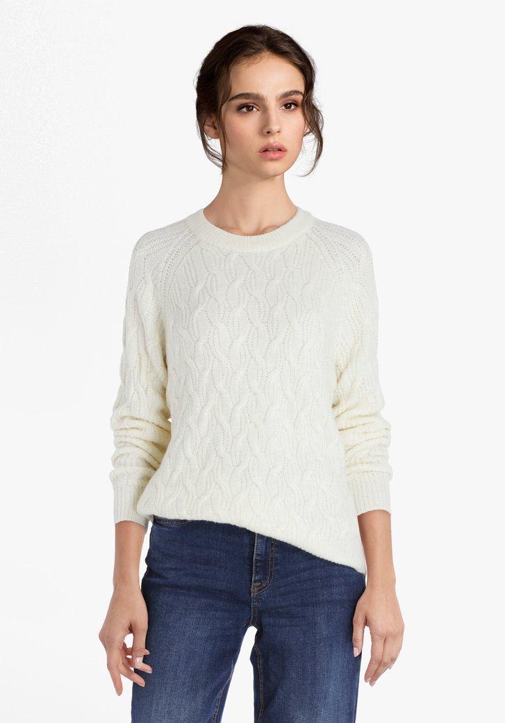 Pull tricoté en blanc cassé