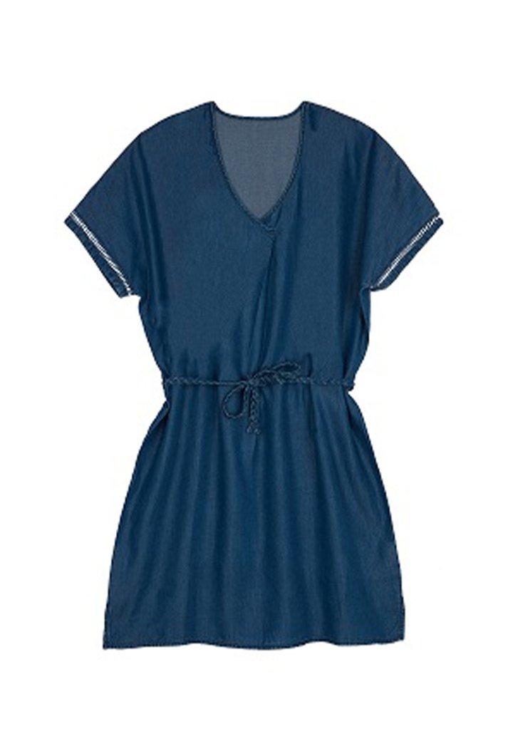 Robe bleu foncé avec ceinture