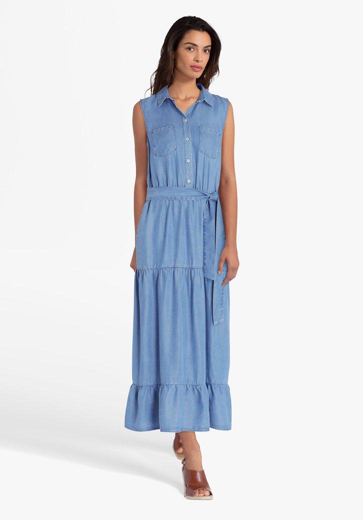 Robe bleue longue et look jean