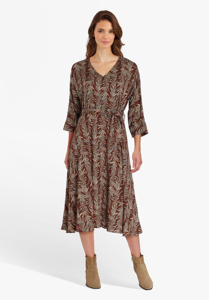 Robe marron avec imprimé