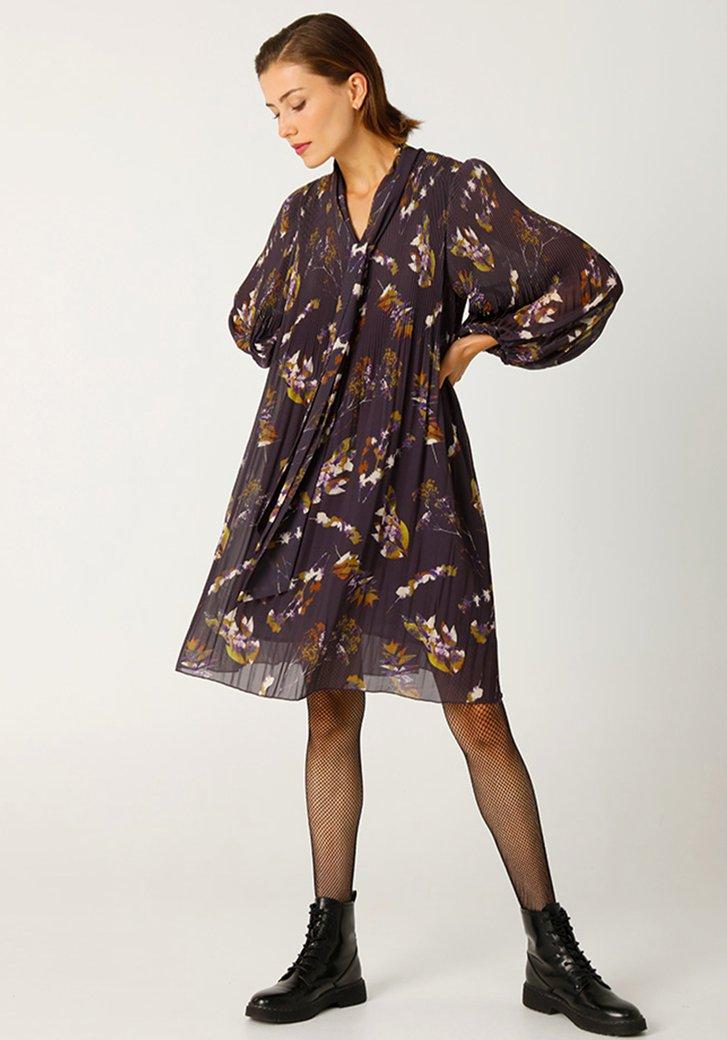 Robe plissée violette