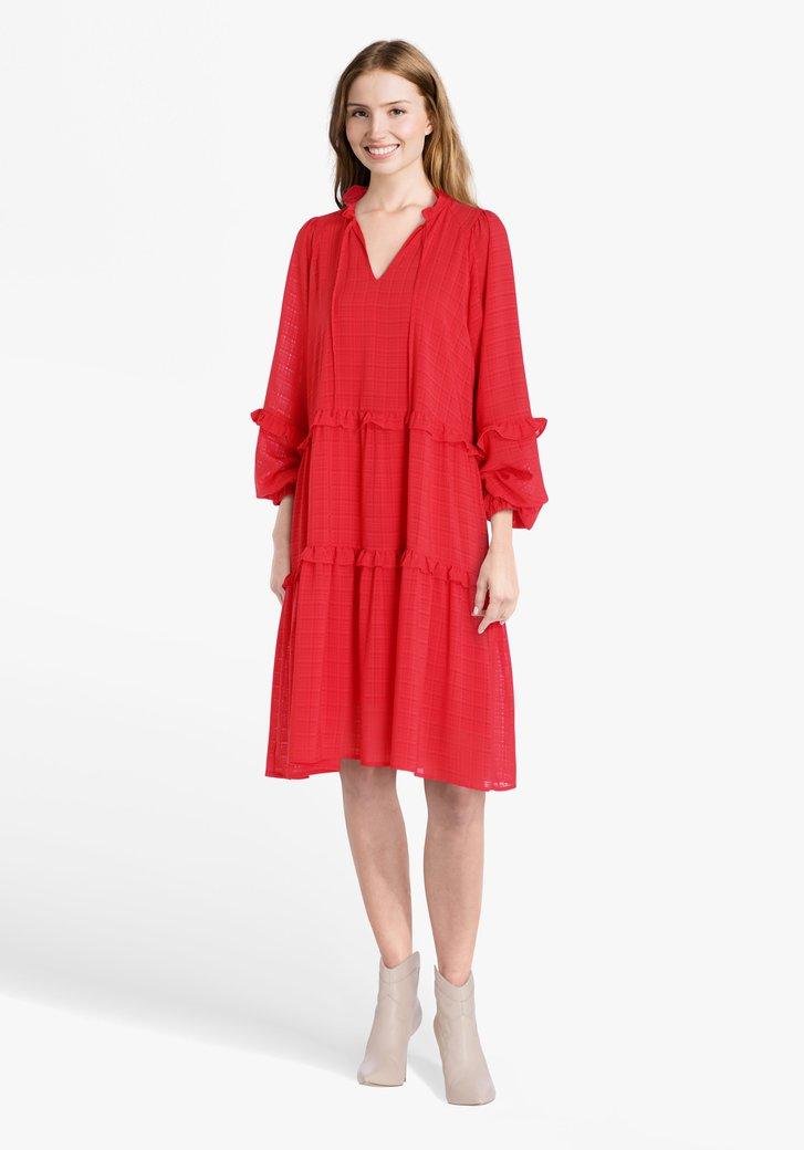 Robe rouge à volants