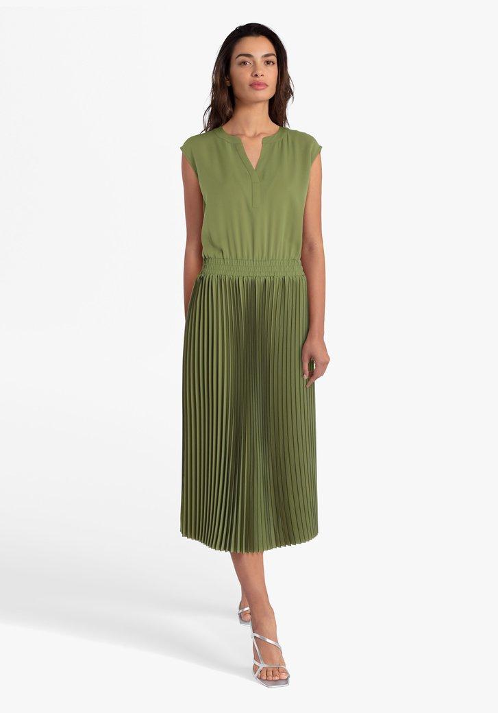 Robe vert olive avec plissé