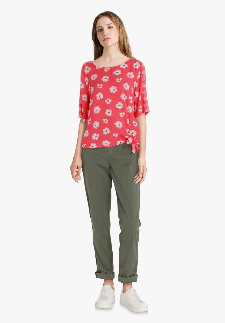 Rode blouse met lichtroze bloemen in viscose