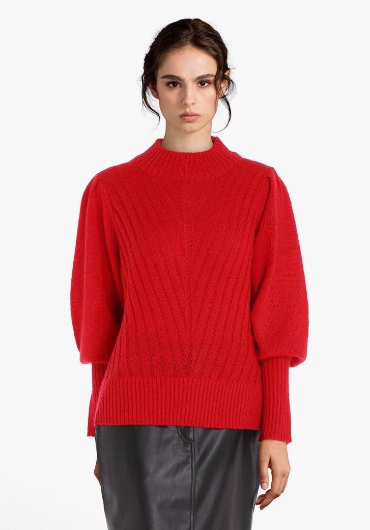 Rode gebreide trui met opstaande kraag