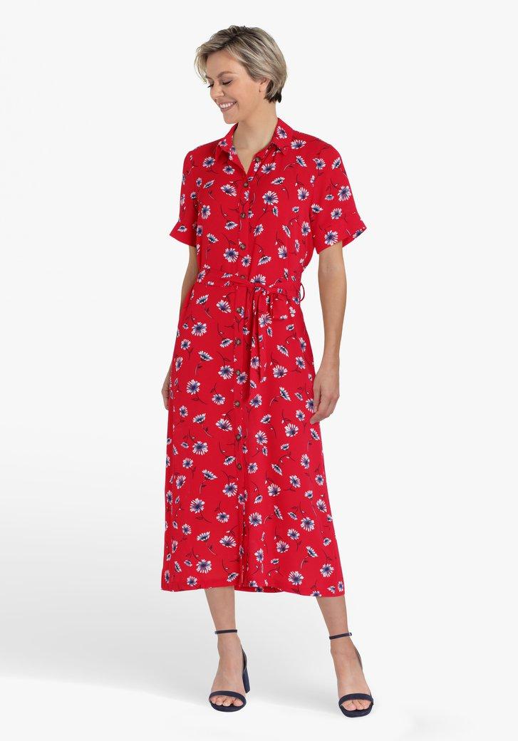 Rood kleed met bloemenprint