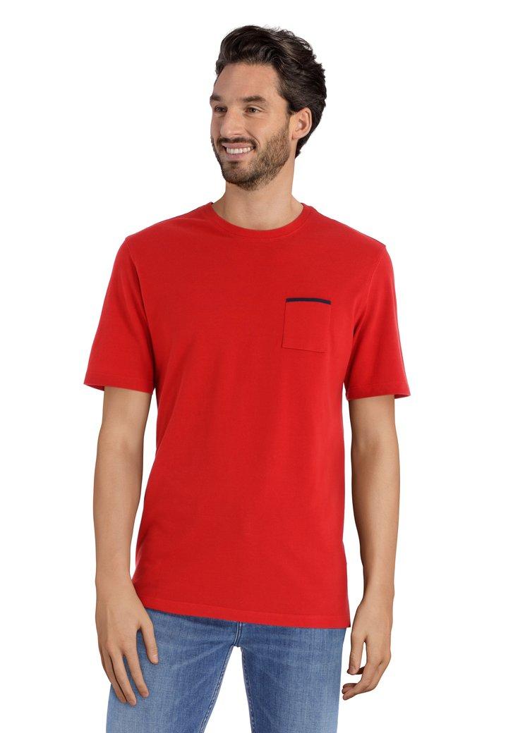 Rood T-shirt met borstzakje en ronde hals