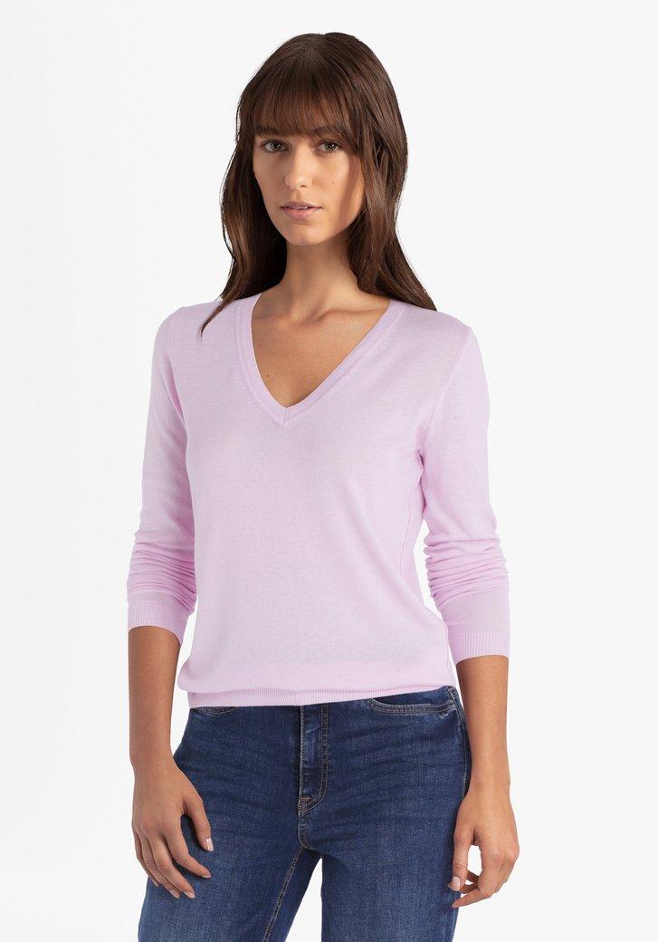 Roze trui met V-hals