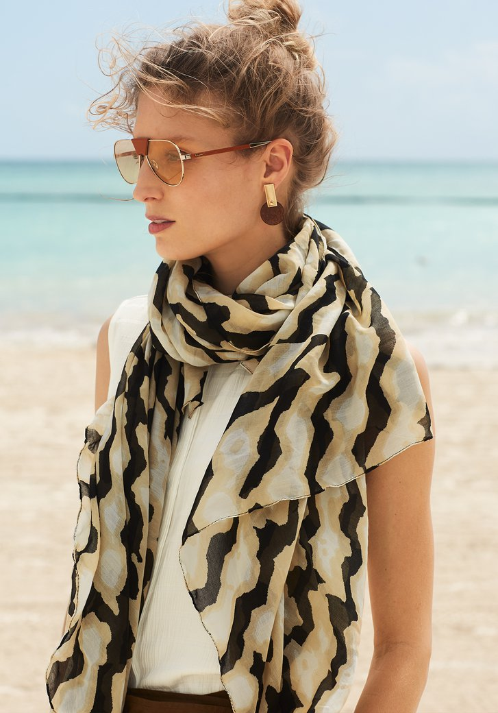 Sjaal met zwart-beige safari print