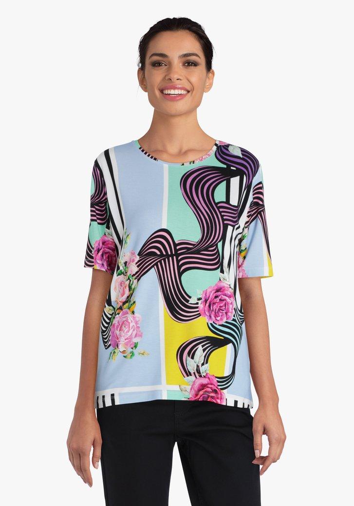 T-shirt blanc à fleurs et rayures colorées