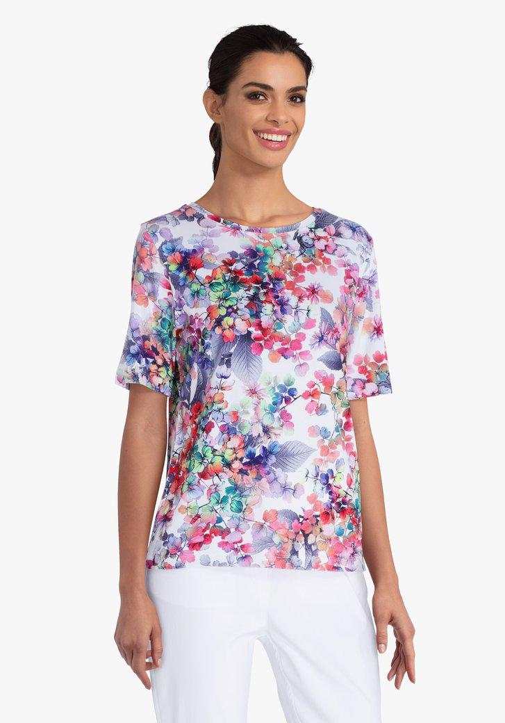 T-shirt blanc avec des feuilles colorées