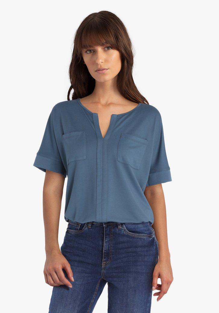 T-shirt bleu acier avec col en V