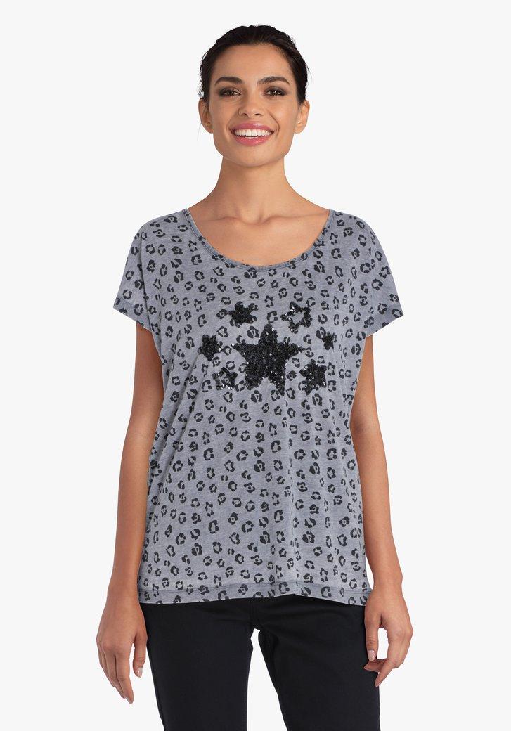 T-shirt gris à imprimé panthère et étoiles