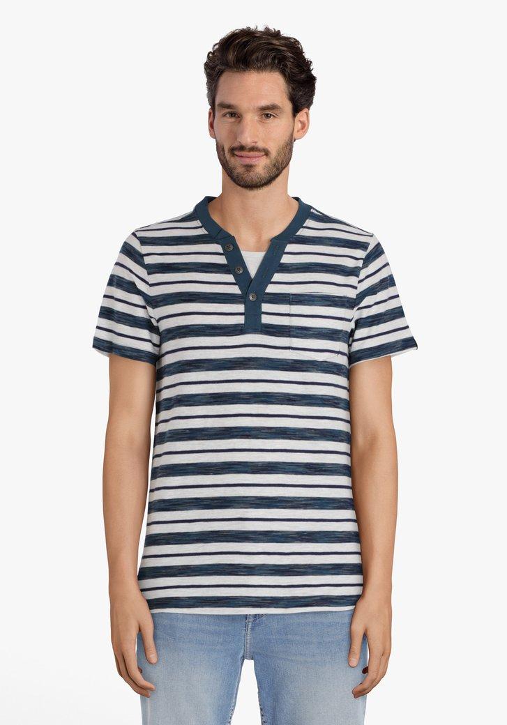 T-shirt gris clair à rayures bleues