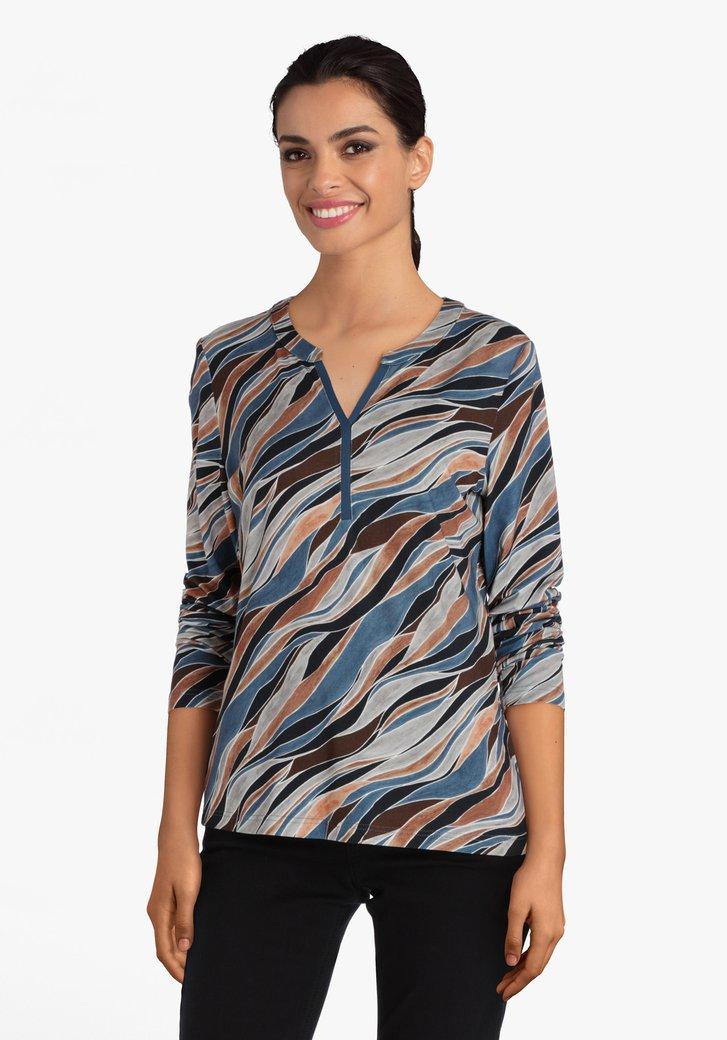 T-shirt met blauw-bruin-grijs patroon