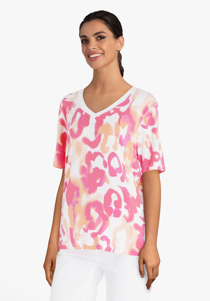 T-shirt met koraalrode print en V-hals