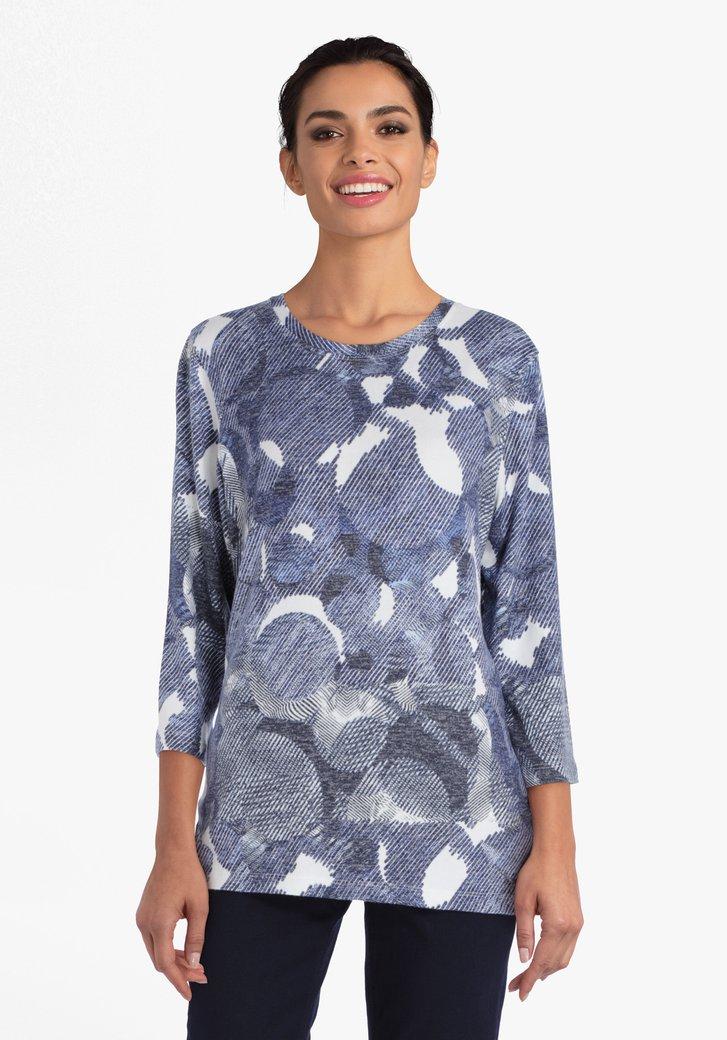 T-shirt met witte en donkerblauwe print