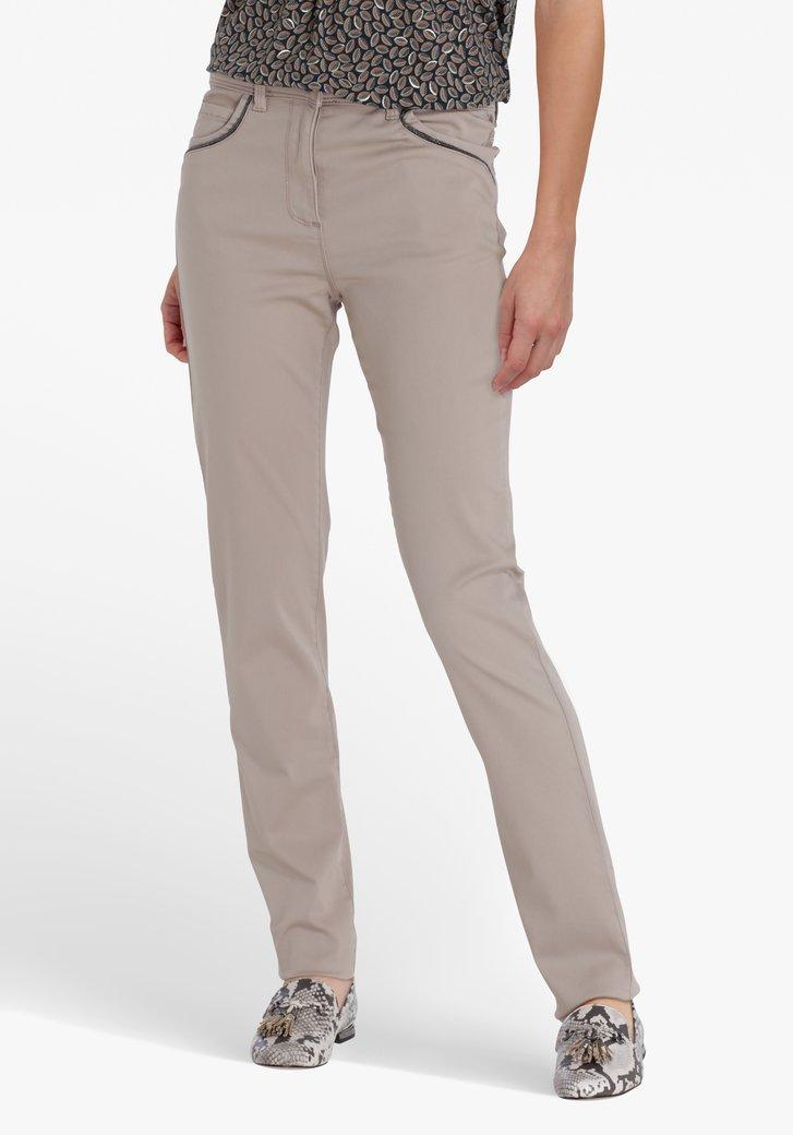 Taupe broek met kleine parels