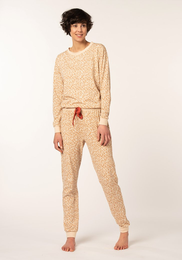 Taupe pyjama met panterprint