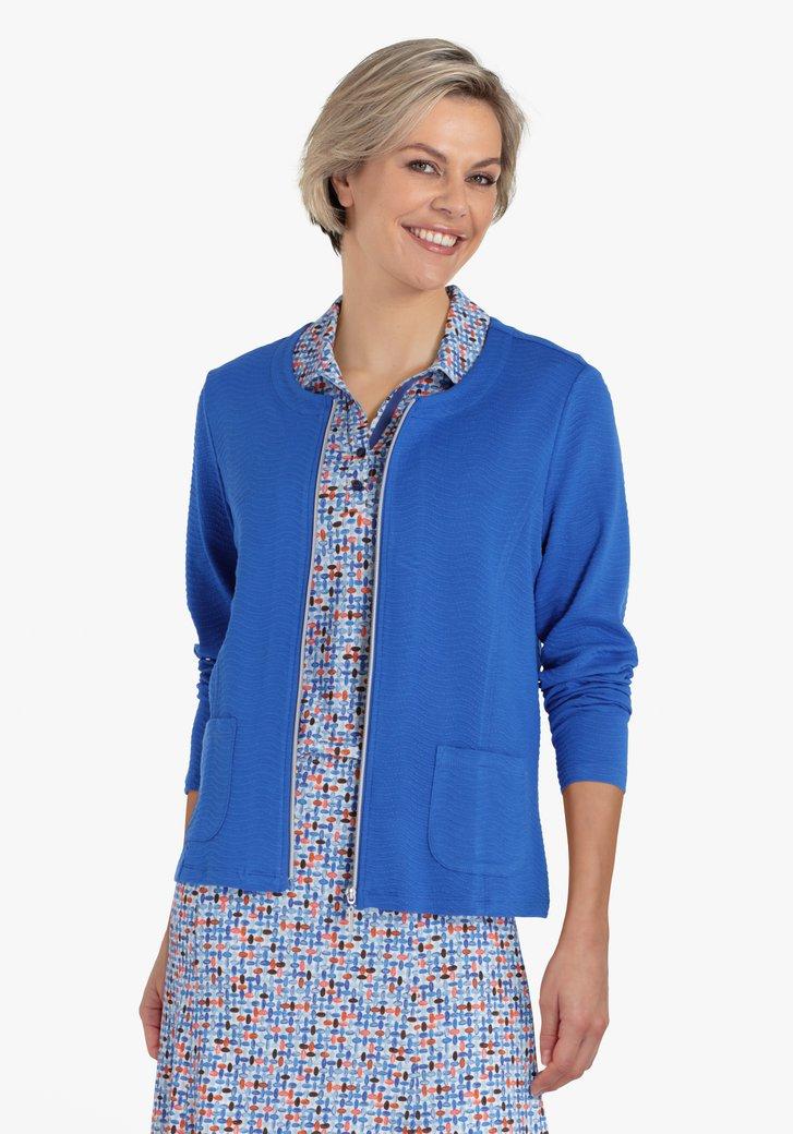 Veste bleue en tissu texturé