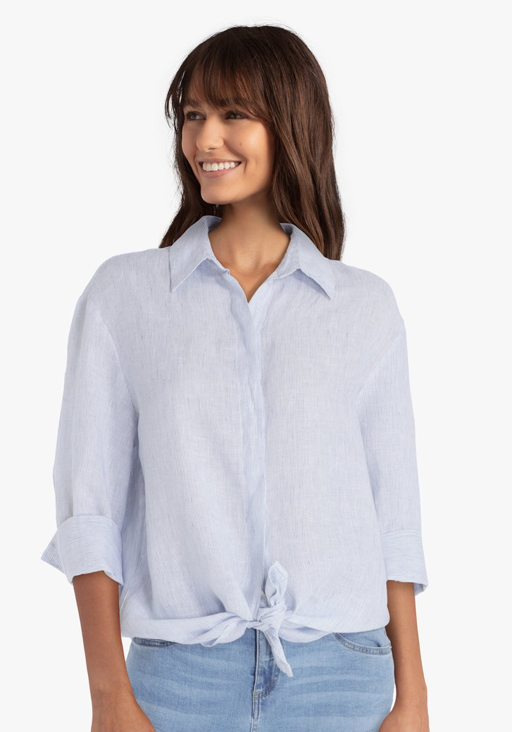 Wit-blauw gestreept linnen hemd