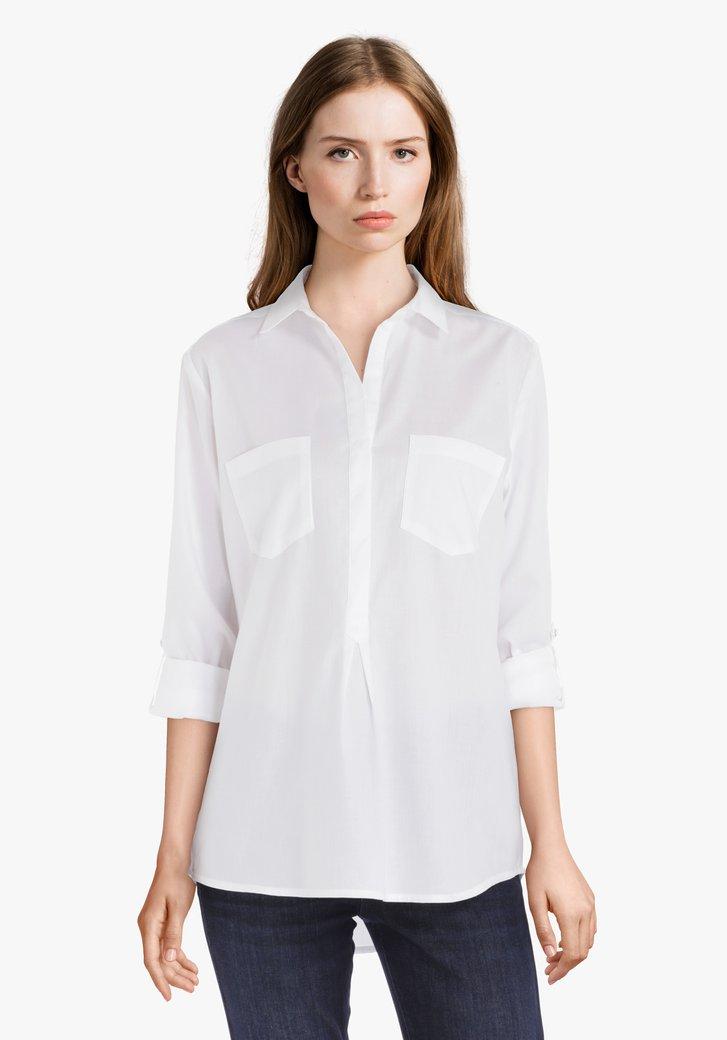 Wit katoenen blouse met borstzakjes