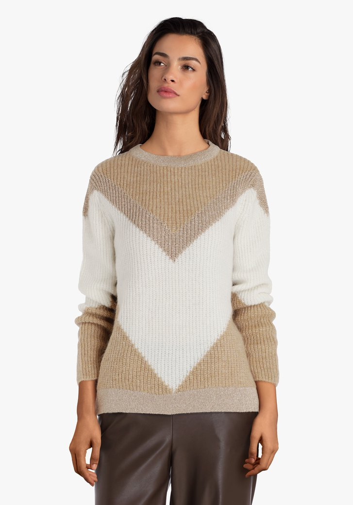 Wit-lichtbruine gebreide trui met glitterdraad