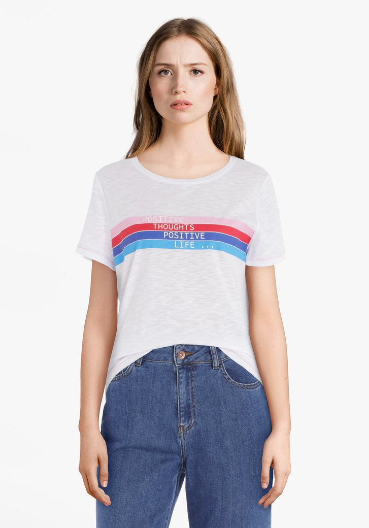 Wit T-shirt met kleurrijke streepjes