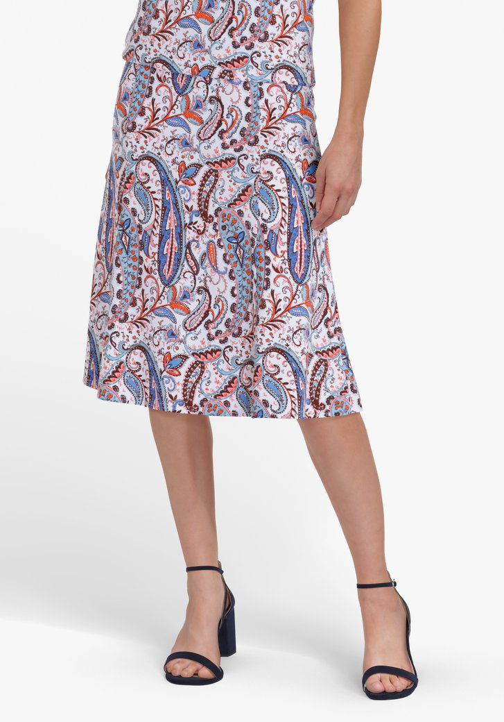 Witte rok met blauw-oranje paisley print