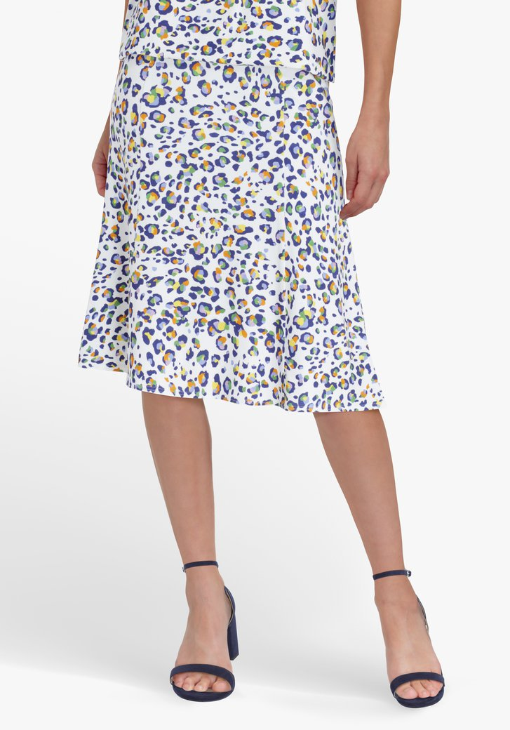 Witte rok met gekleurde panterprint