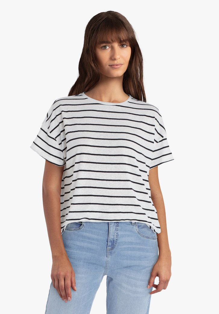 Witte T-shirt met zwarte strepen