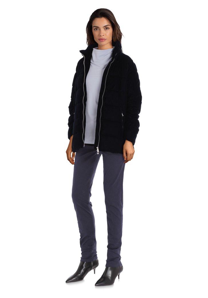Zwartblauwe fluwelen jas