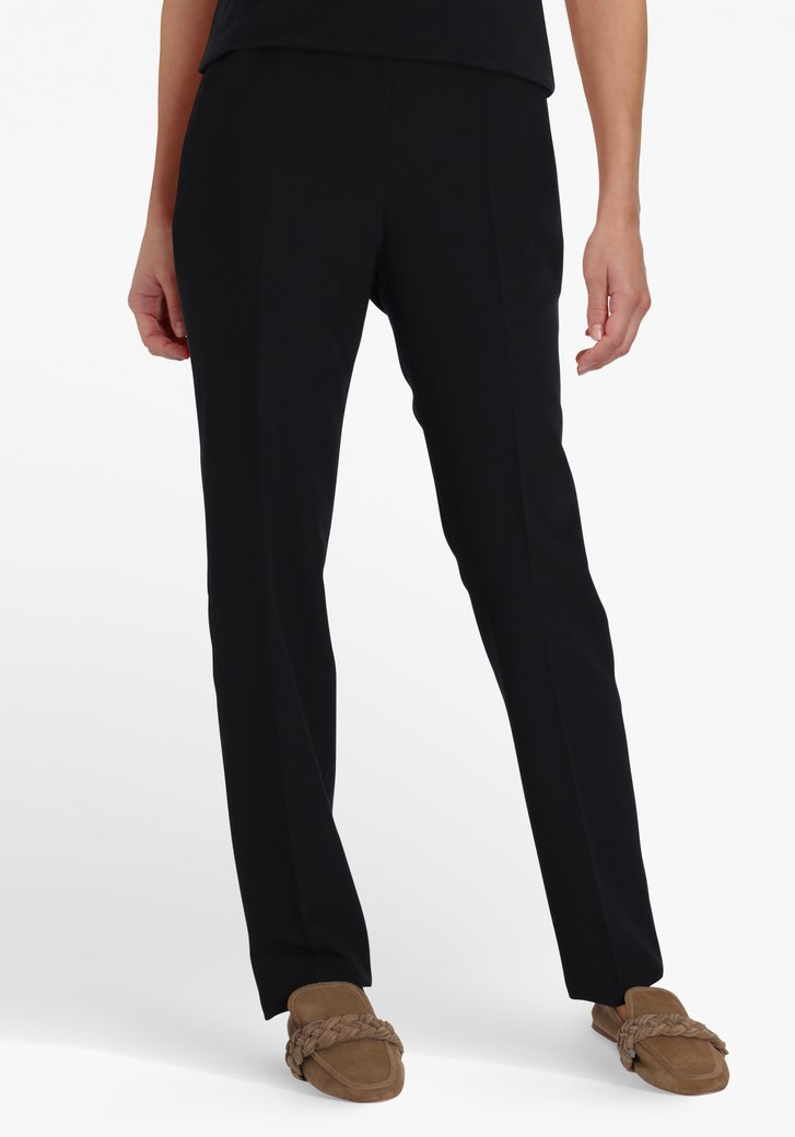 Zwarte broek met elastische tailleband