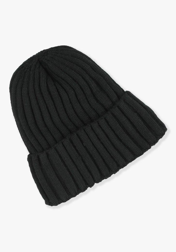 Zwarte muts met fleece stof binnenin