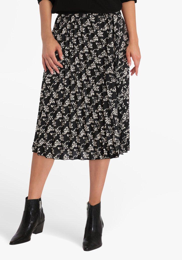 Zwarte plooirok met witte print