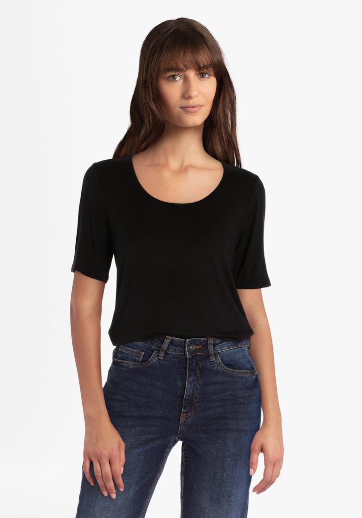 Zwarte T-shirt met ronde hals